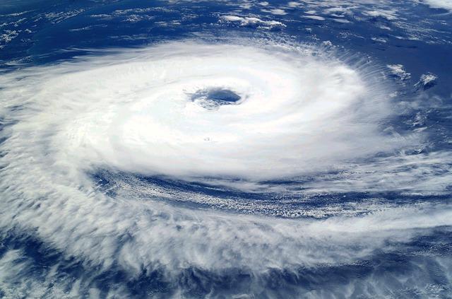 非常に強い台風21号が直撃!その時あなたは?