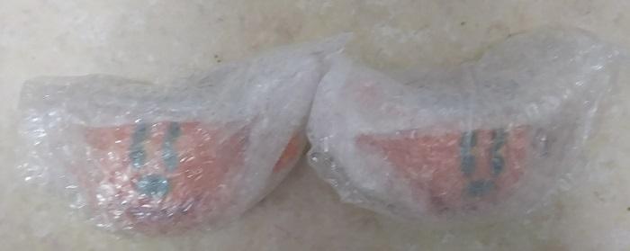 ハロウィンスープカップ(レンゲ付き)ペア(割れ物ですのでプチプチで梱包されたまま撮影しています)